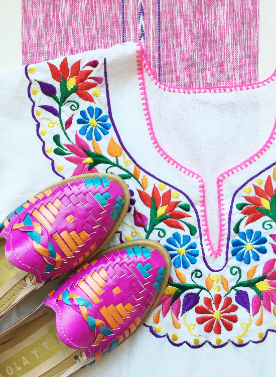 Lola y Tula offers clothes, textiles and sandals from Mexico.